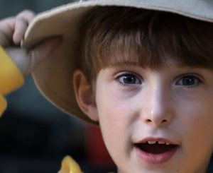 Image of a child in a hat